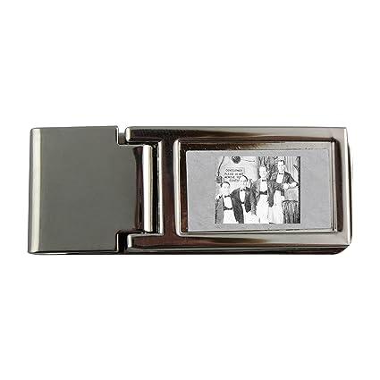 Metal dinero clip con cuatro camareros Pose para la cámara ...