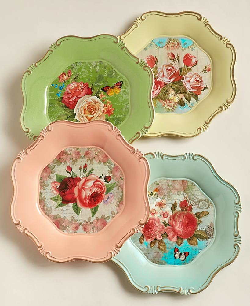 The Lakeside Collection Set of 4 Vintage-Inspired Chargers- Scalloped