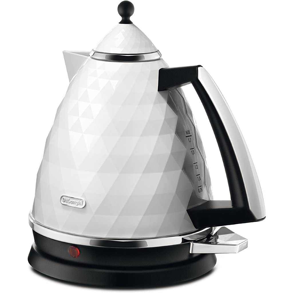 De'Longhi Brillante Faceted Jug Kettle - White