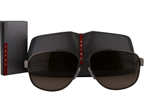 c5a3f3c75e Prada PS58QS Sunglasses Gunmetal Rubber w Grey Gradient Lens DG11X1 SPS58Q  PS 58QS SPS 58Q  Amazon.co.uk  Clothing