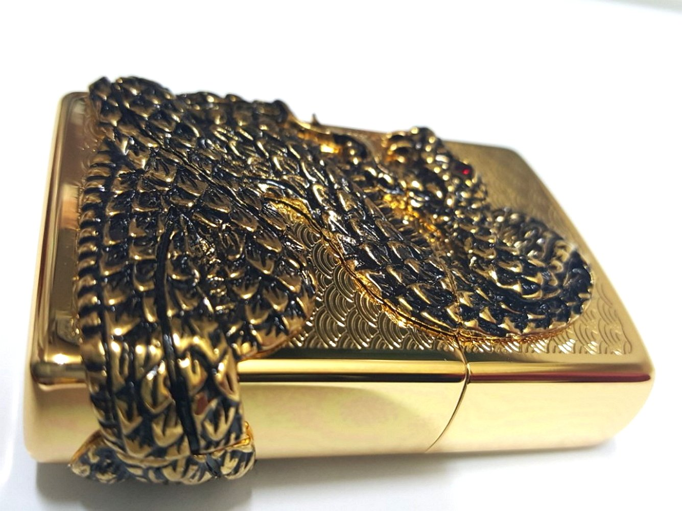 Zippo Snake Coil Gold Lighter / Genuine Authentic / Original Packing (6 Flints set Free Gift) by Zippo (Image #4)