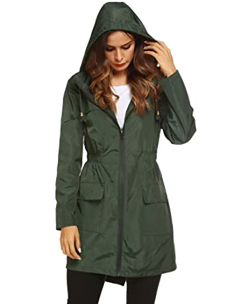 152a5dd08322b LOMON Women Raincoat Packable and Lightweight for Travel Outdoor Hooded  Waterproof Hiking Jacket Amy Green
