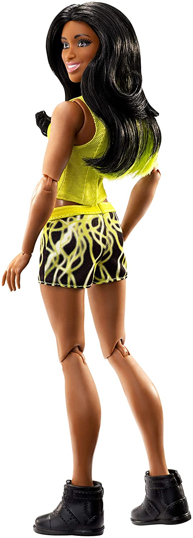 WWE Superstars Naomi Mattel GCJ43