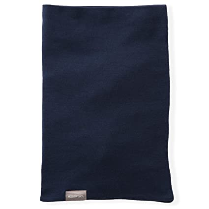 a49eaa1844e Amazon.com  MERIWOOL Merino Wool Midweight Neck Gaiter - Navy  Clothing