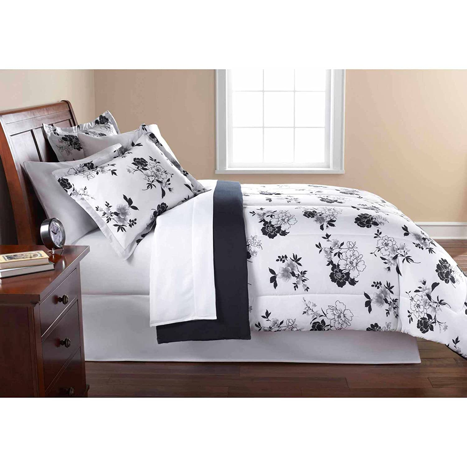 Mainstays 8PC OPP Black White Floral Bed in bag Comforter set Queen