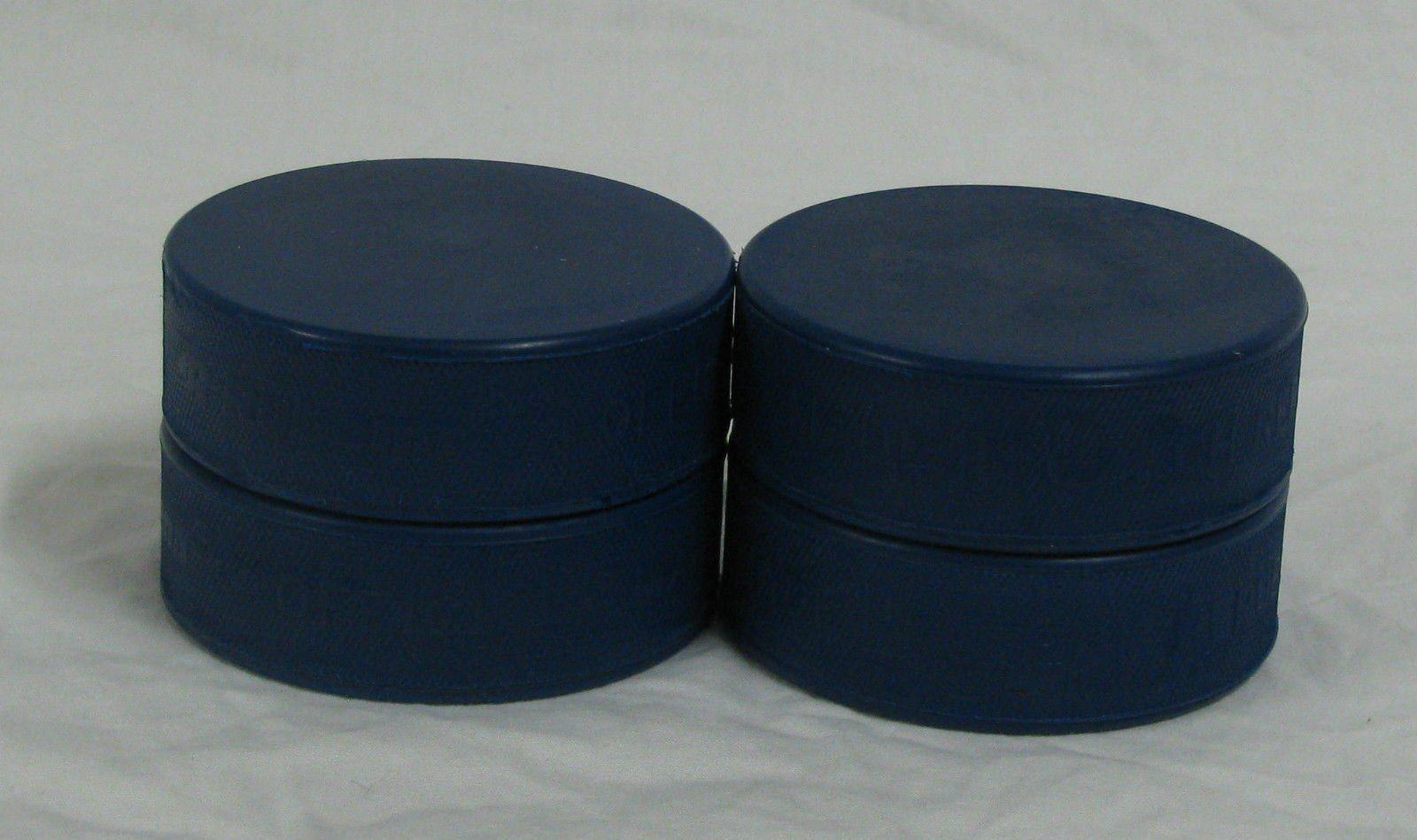New A&R 4 Pack Youth Mite Blue Ice Hockey PUCKS Official Size Lighter 4oz Weight