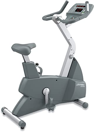 Life Fitness Club Series Upright Lifecycle Exercise
