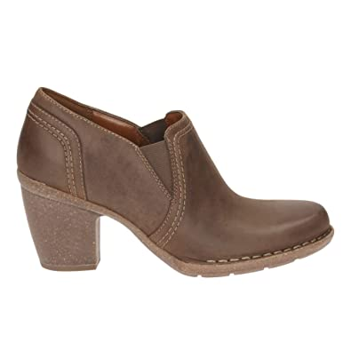 CLARKS Clarks Womens Shoe Carleta Turin Brown Nubuck 9.0 D