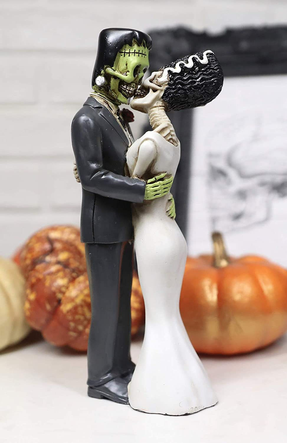 Ebros Day of The Dead Wedding True Love Kiss Skeleton Frankenstein Skull Bride and Groom Couple Figurine Graveyard Macabre Ossuary Halloween Bridal Spooky Home Decor Statue
