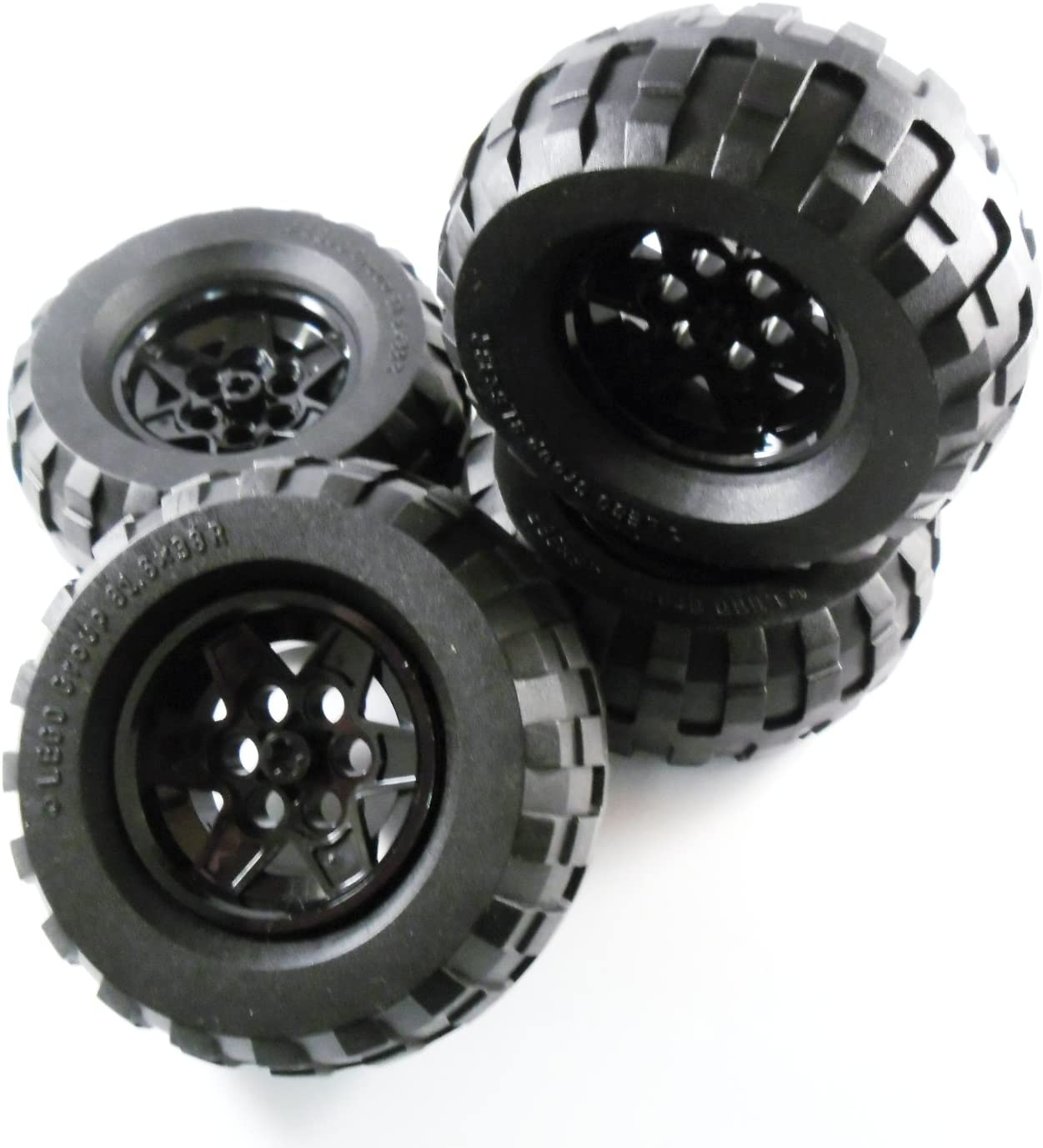 LEGO x TECHNIC Tire 81.6 x 38R with Black Wheel