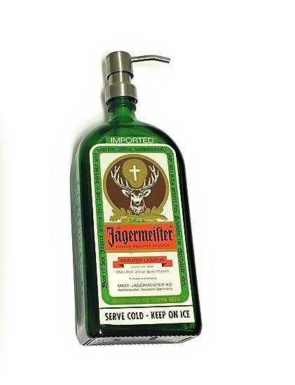 Repurposed licor botella dispensador de jabón líquido Jägermeister