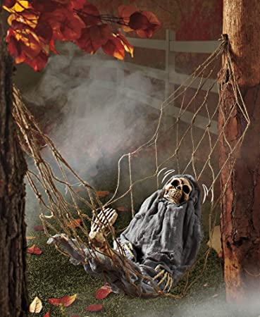 1 x interactive skeleton in hammock spooky halloween decoration sound activated - Very Scary Halloween Decorations
