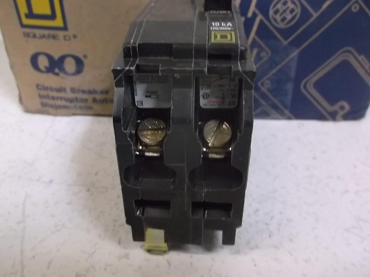 Square D Qo230 2 Pole 30amp 120 240v Circuit Breaker By Two 30 Amp Hom230cp Schneider Electric Industrial Scientific
