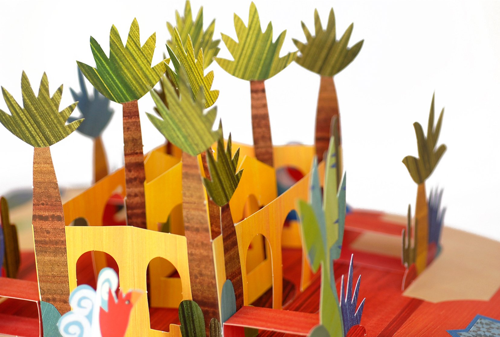 A tiger in my garden a do it yourself pop up book arno a tiger in my garden a do it yourself pop up book arno 9783791371931 amazon books solutioingenieria Choice Image
