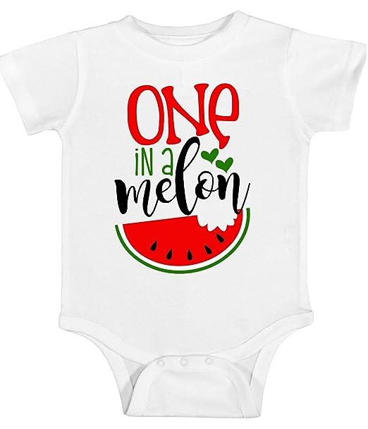 Amazon.com: Camisa de melón para niñas One in A – camisa de ...