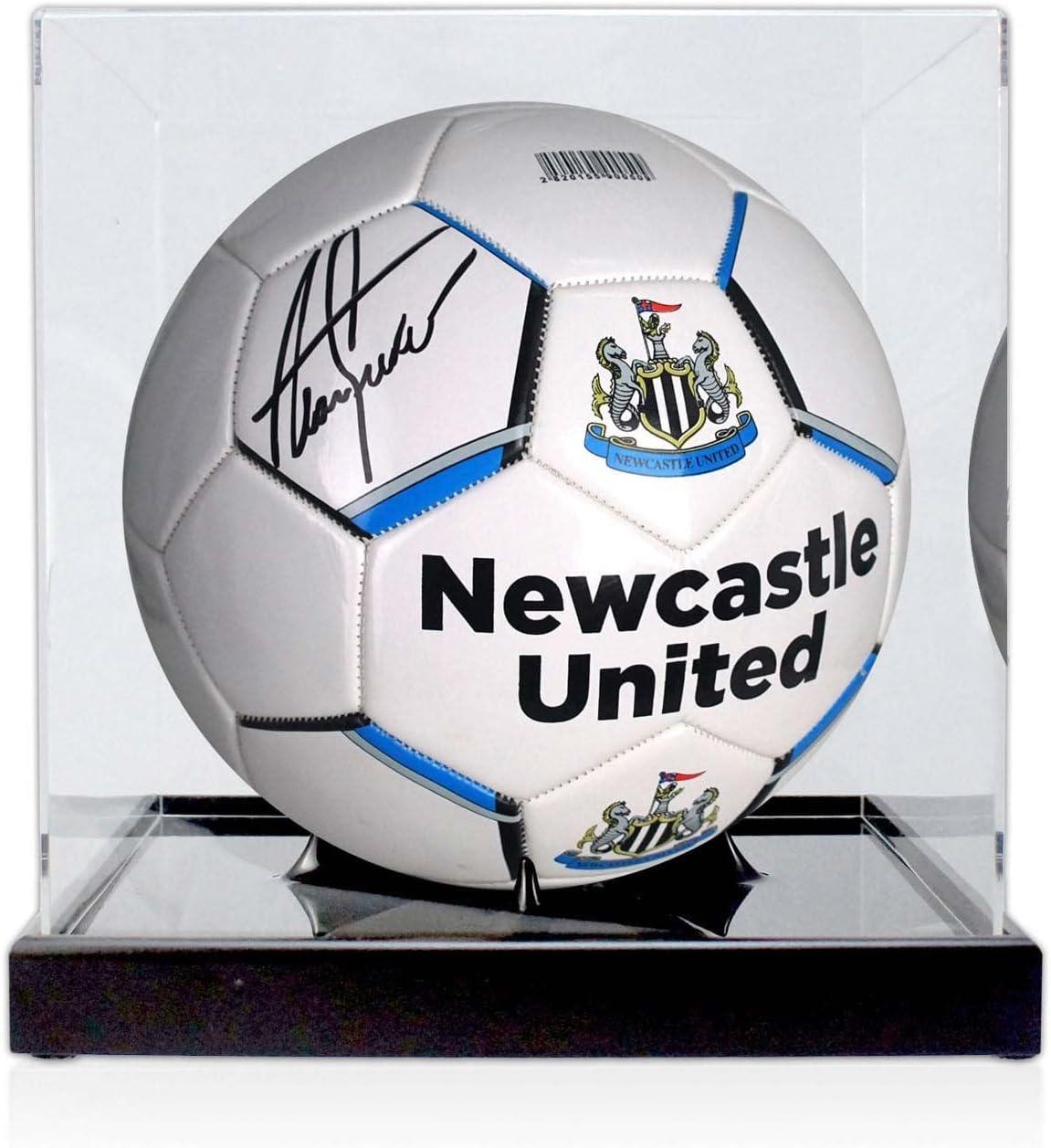 Alan Shearer firmó el Newcastle United Football en la vitrina: Amazon.es: Deportes y aire libre