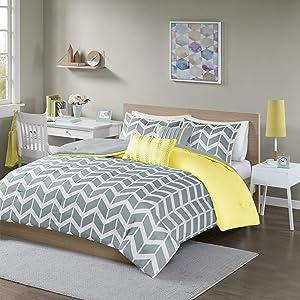 Intelligent Design Nadia Comforter Set, Full/Queen, Yellow