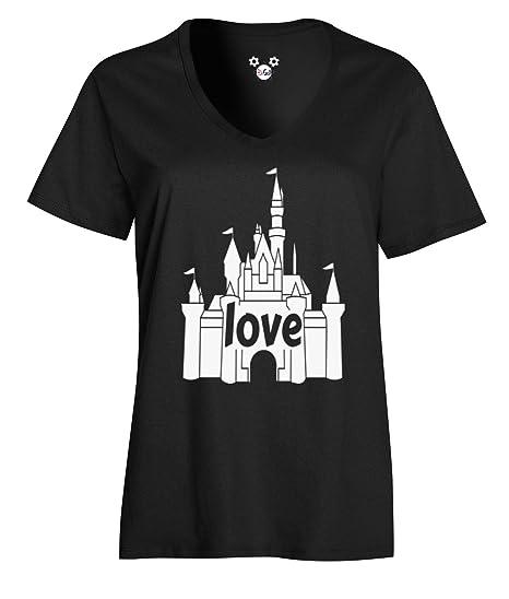26b54c1831a Amazon.com  DisGear Disney World Love Castle Women Tee - Magical ...