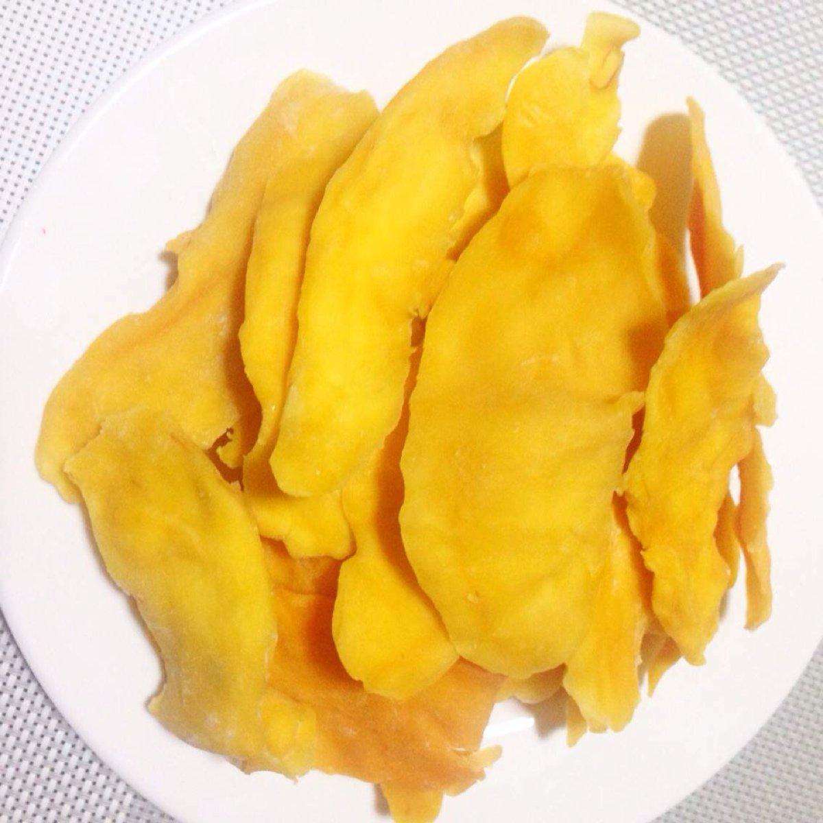 4 Pound (1816 grams) Dried peeled mango slices Grade A from Yunnan