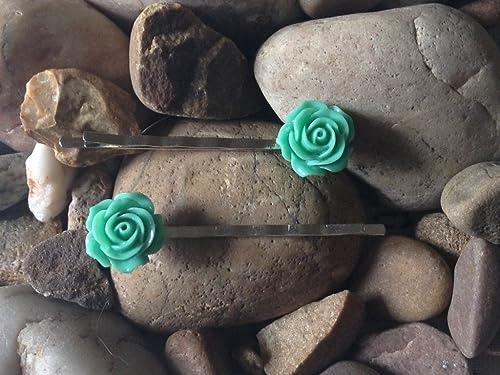 Beautiful White Opal Effect Handmade Antique Flower Pattern Effect Hair Bobby Grips Pins