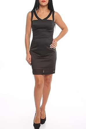 فستان أسود قصير وأنيق