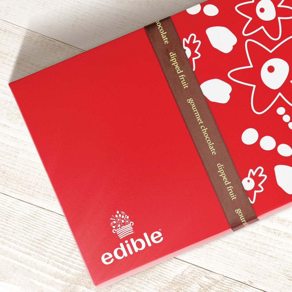 Edible Arrangements Fresh White and Semisweet Chocolate Covered Strawberries Gift Box by Edible Arrangements (Image #3)