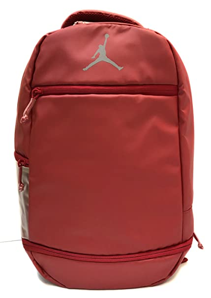 a4f7cf71737482 Nike Air Jordan Skyline Weathered Backpack (Gym Red)  Amazon.in  Sports