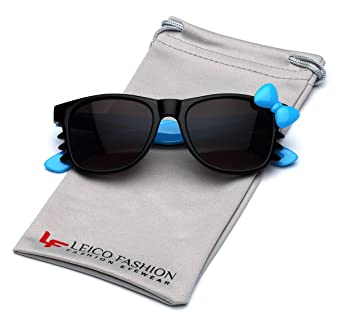 5afbc5ce320 Amazon.com  Cute Hello Kitty Baby Toddler Sunglasses Age up to 4 years -  Black   Blue  Clothing