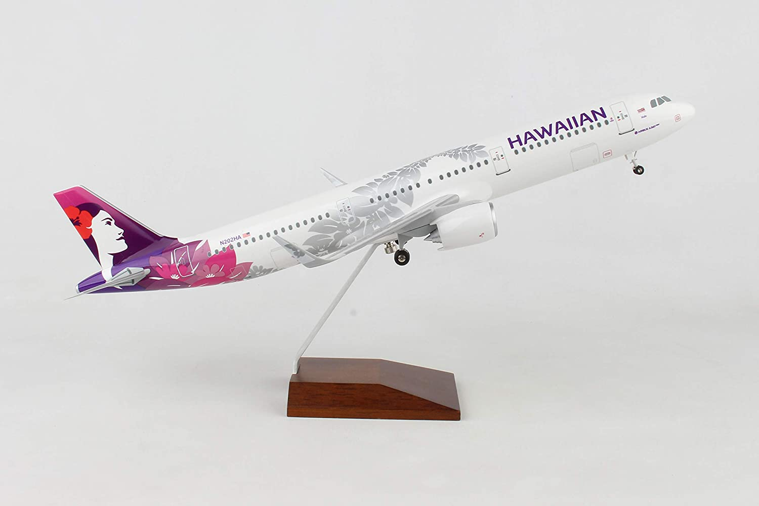 Daron Skymarks Hawaiian Airlines A321 Neo 1//100 with Wooden Base
