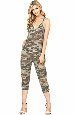 03bac26b0bd3 Amazon.com  Wasabi   Mint Women s Terry Cloth Cropped Leg Jumpsuit ...