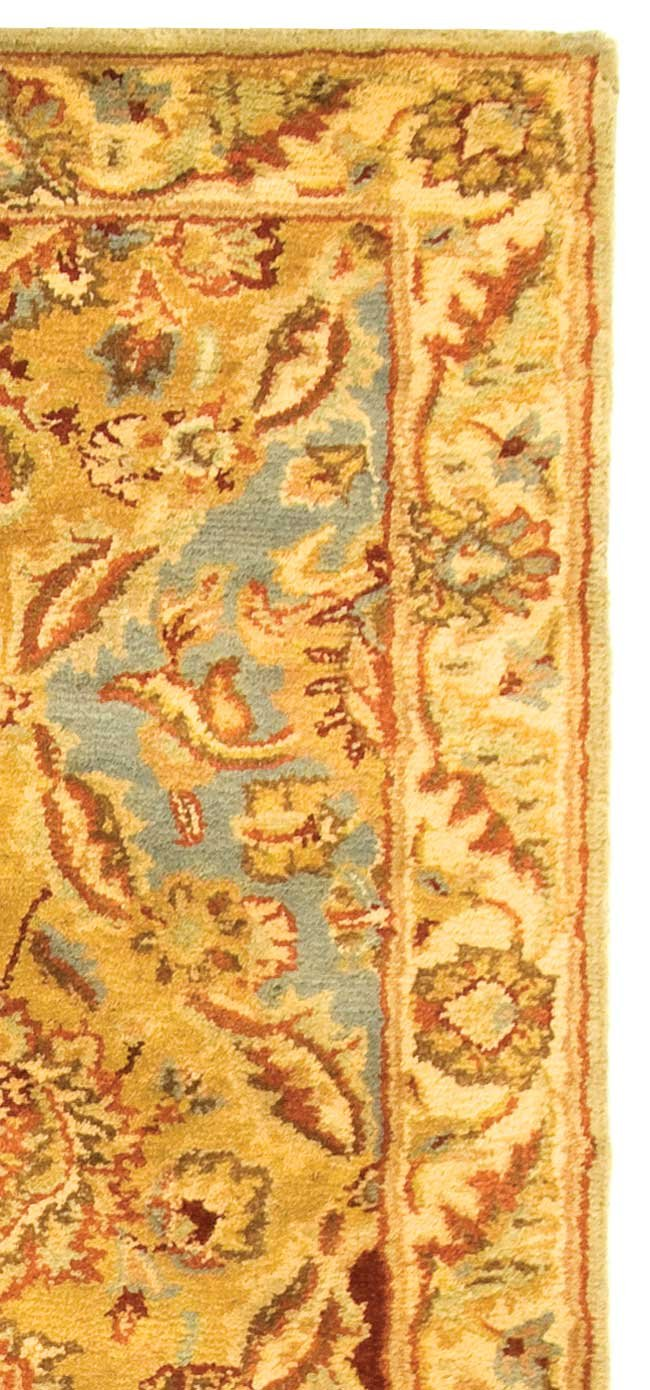 Safavieh Classic Collection CL388B Handmade Traditional Oriental Multicolored Wool Runner 23 x 8