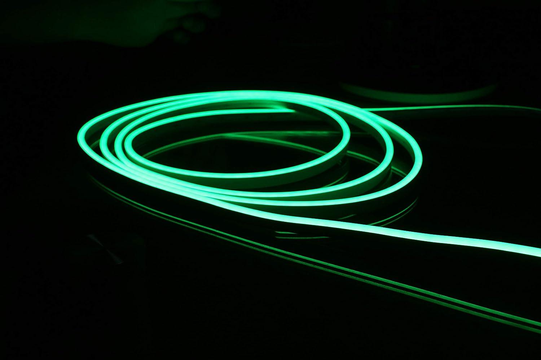 Lumi/ère de corde au n/éon du silicone LED de YXH 6500K blanc DC12V imperm/éable pour la d/écoration int/érieure et ext/érieure bricolage 15 Meters