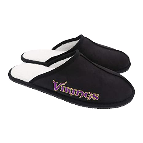 b85e5d69411 Amazon.com   FOCO Minnesota Vikings Men s Wordmark Open Back Moccasin  Slippers Small (7-8)   Sports   Outdoors