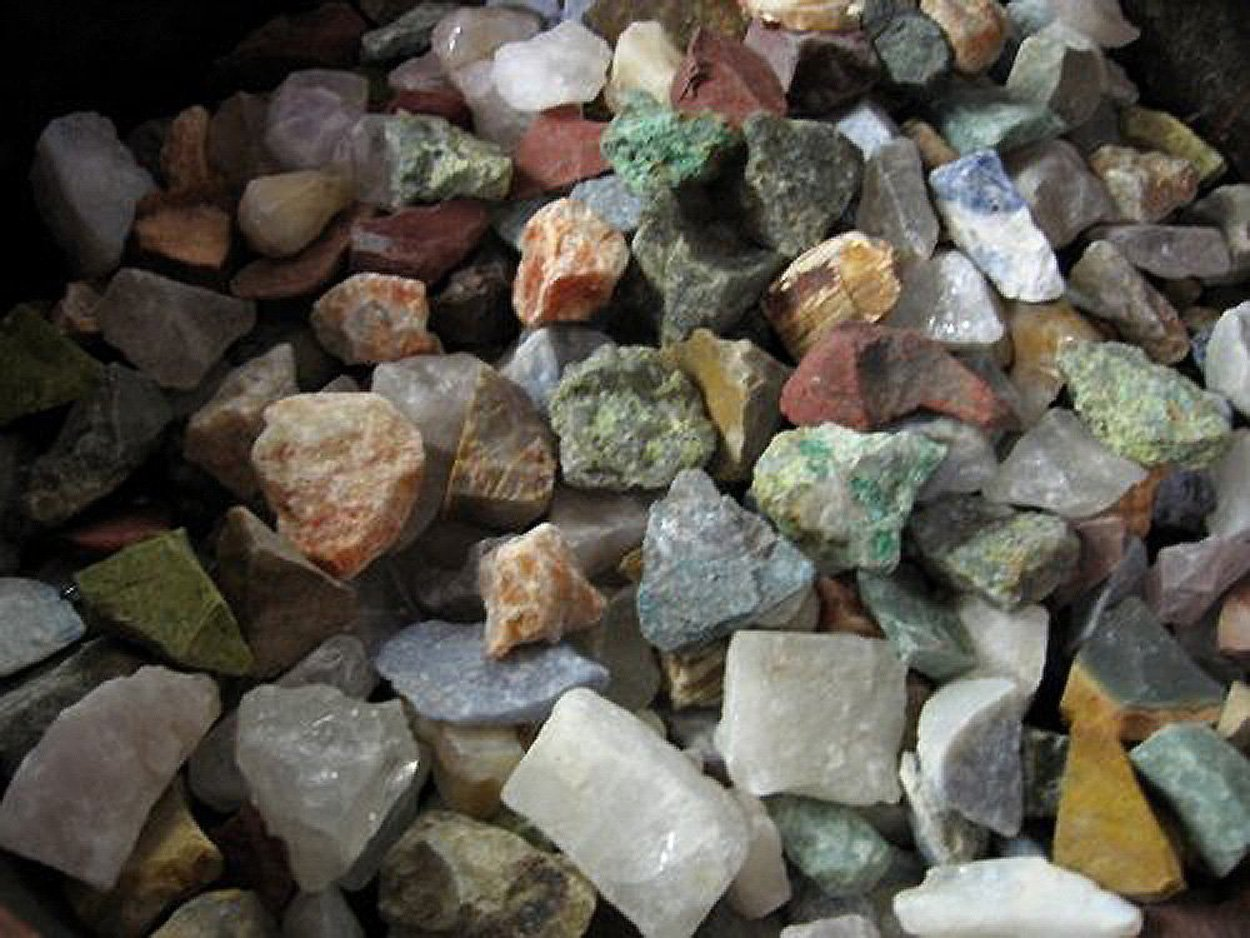 Fantasia Materials: 2 Pounds of a 12 Stone Mix from Madagascar