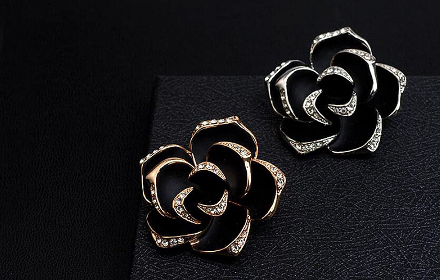Color : White JBHURF Mens Fashion Brooch Set Ladies Needle Collar Rose Brooch Austrian Crystal 18K Rose Gold Gilded red Rose Brooch Gift