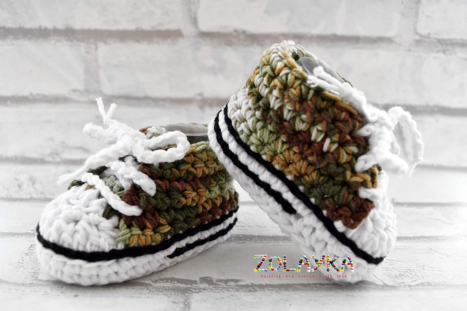 New Handmade Crocheted Girls Boys Unisex Baby Booties Athletic Sneakers 3-6 Months
