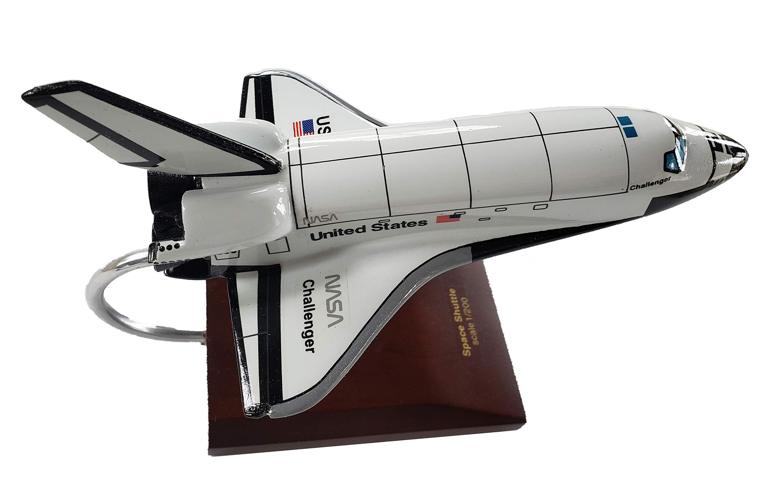Executive Series E042CH NASA Space Shuttle Challenger 1:200 Scale Museum Quality