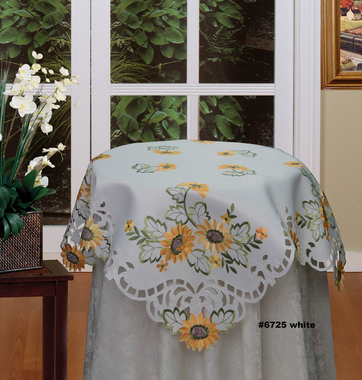 Decorative Sunflower Table Linens, Runner