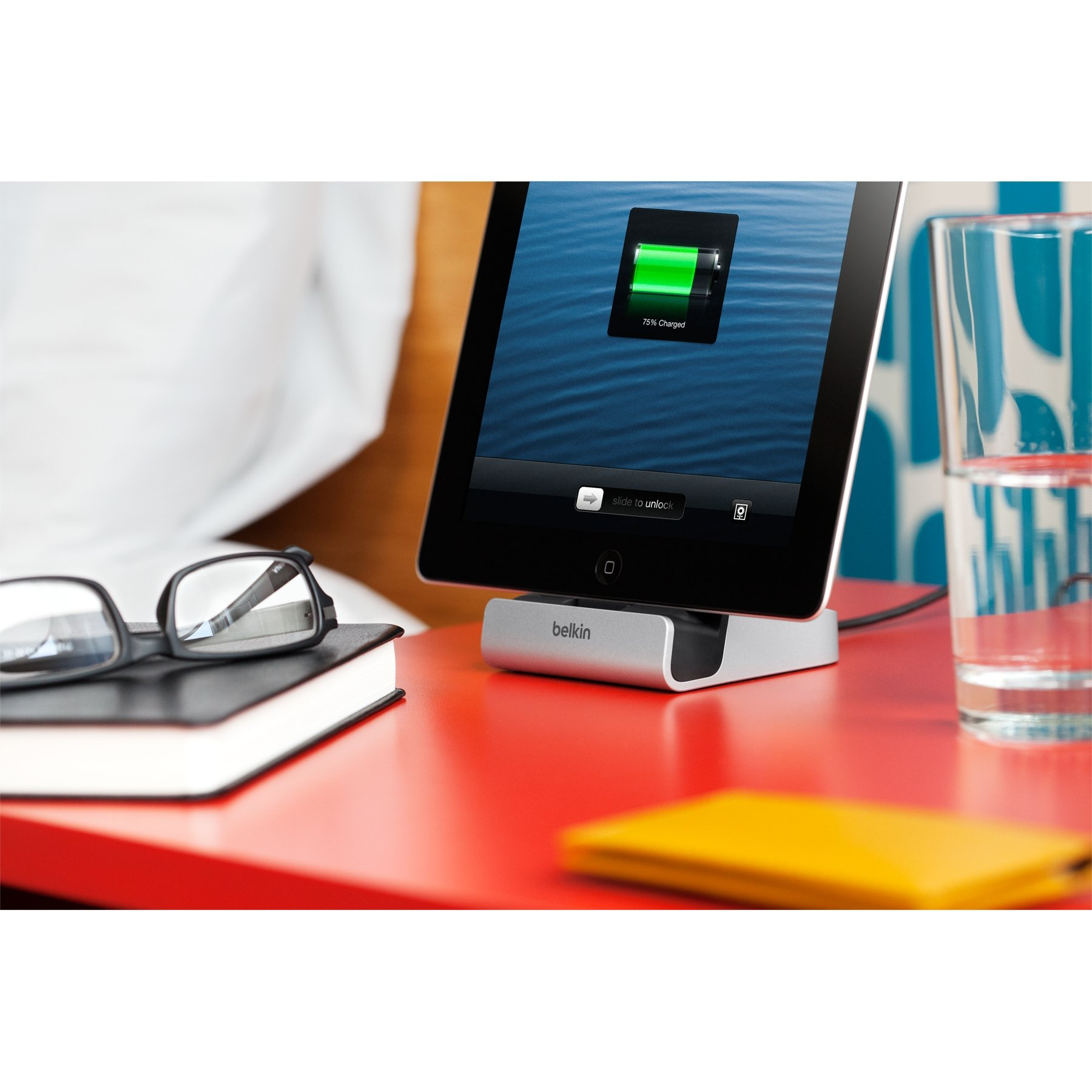 Belkin ChargeSync Lightning Express Dock with 4-Foot Charging Cable by Belkin (Image #11)