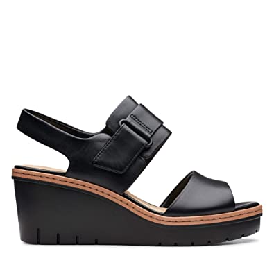 2928411f0 Clarks Palm Stellar Leather Sandals in Black  Amazon.co.uk  Shoes   Bags