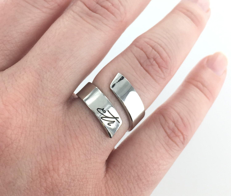 Amazon.com: Women\'s CTR Ring - Modern Twist - Polished Finish ...