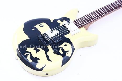 RGM52 The Beatles Faces Guitarra en miñatura