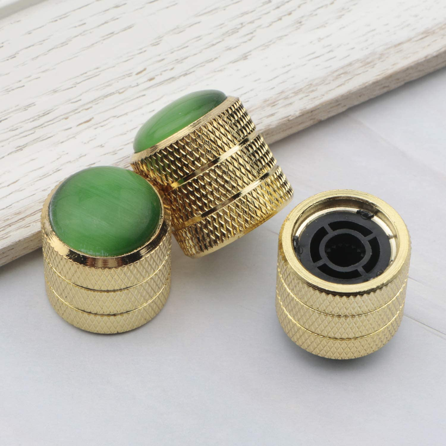 Swhmc 3x Gold Green Gemstone Top Volume Tone Control Knobs Dome Pots Cap for Electric Guitar Parts