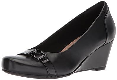 de73ef7ed9b3 CLARKS Women s Flores Poppy Pumps  Amazon.co.uk  Shoes   Bags