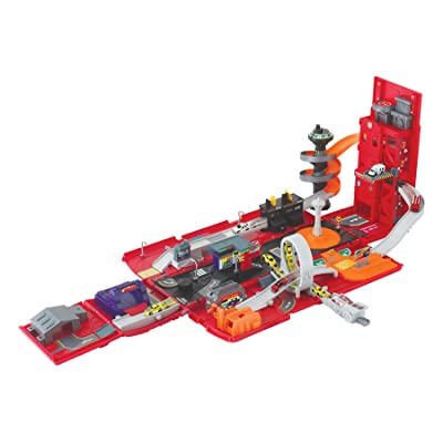 Motormax Take Along Fire Station Playset: Toys & Games