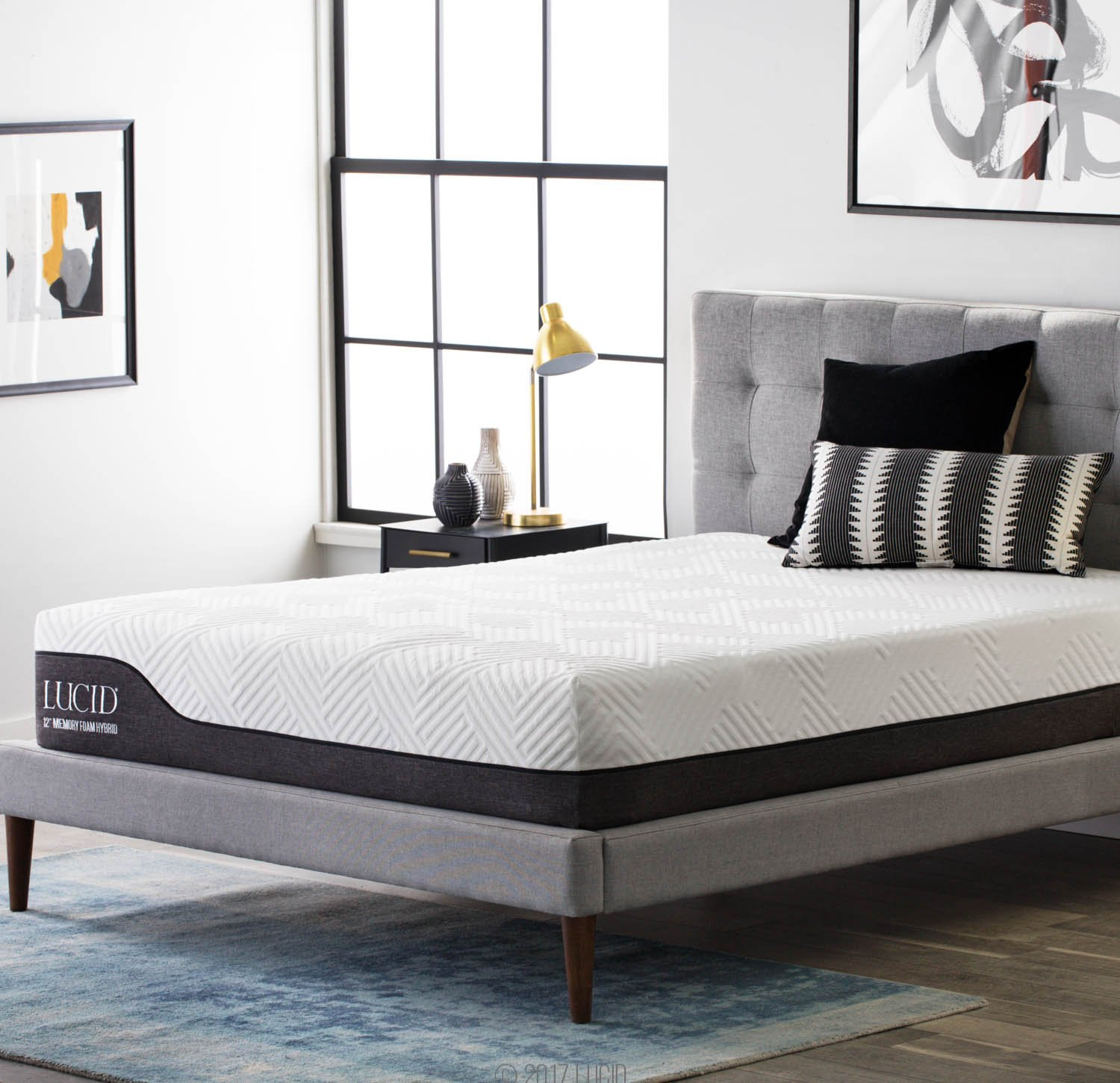 amazon com lucid 12 inch queen hybrid mattress bamboo charcoal