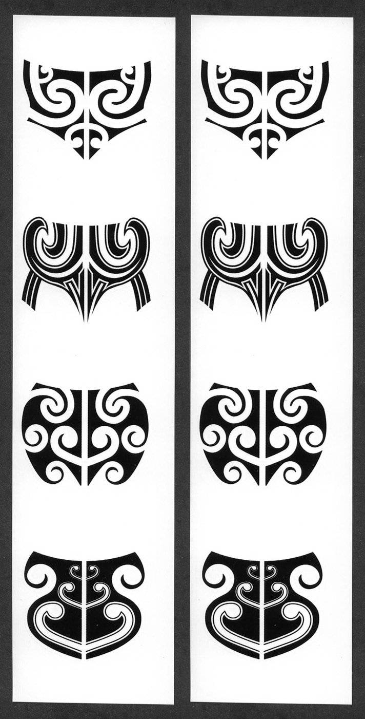 Women's Maori Moko Temporary Chin Tattoos / Set of 8