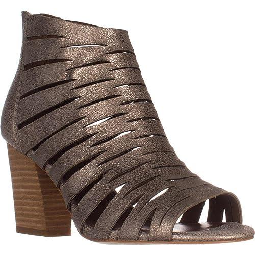 e770f3fa010 Amazon.com  Donald J Pliner Womens Greece Leather Peep Toe Casual Strappy  Sandals  Shoes