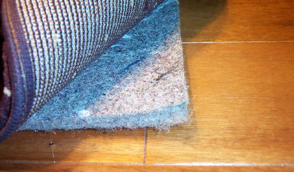 Carpet cushion allergen jute