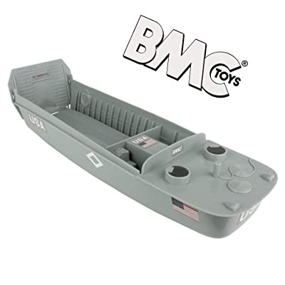 BMC WW2 Higgins Boat LCVP Landing Craft - 1:32 Vehicle for Plastic Army Men: Toys & Games